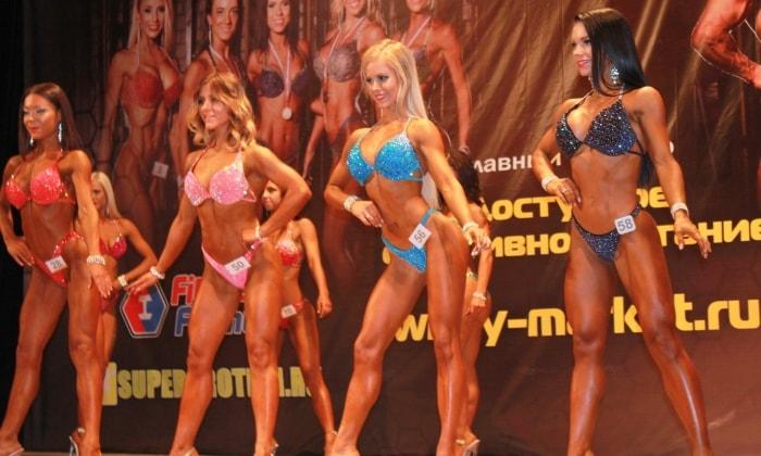Выступление участниц Фитнес-бикини